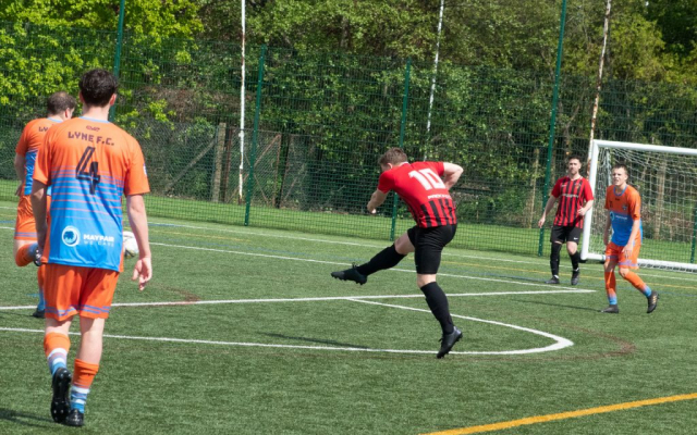 Danny Mitchell tries to break the deadlock